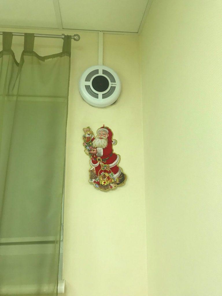"""Рекуператор """"Prana 200c"""" у кімнаті дитячого садку """"5 Сов"""""""